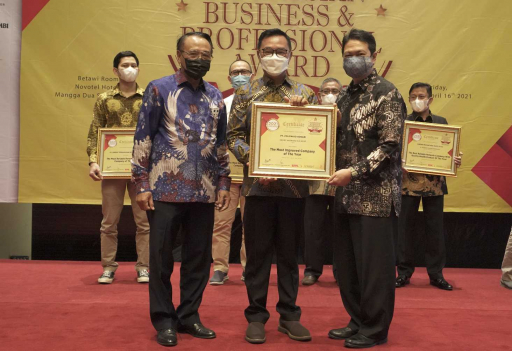 PT. Polowijo Gosari Indonesia Holding meraih penghargaan dalam Indonesia Business and Professional Award 2021. (Sariagri/Idho Rahaldi)